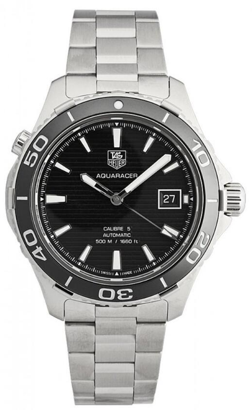 Sturdy replica TAG Heuer watches are enhanced by steel.