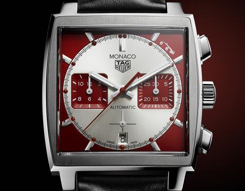 The timepiece adopts the iconic white-red color-matching.