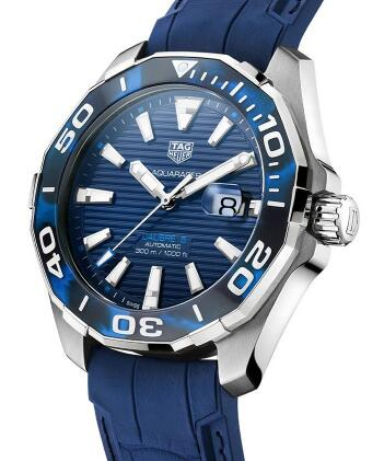 The blue TAG Heuer copy watches are with high quality and brilliant appearance.